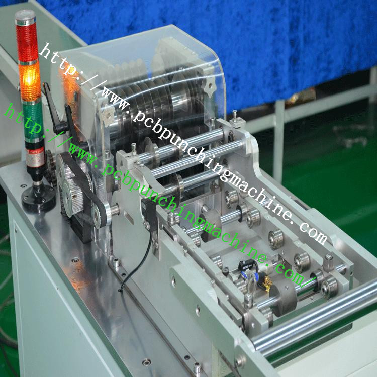 Six knives PCB singulation machine / twice depaneling machine / LED light bar PCB singulation machine